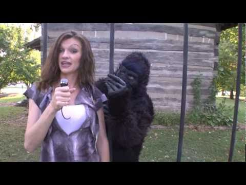 Comedy Videos: Charley Hopp Show Zoo Antics