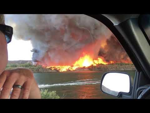 Превращение огненного вихря в водяной смерч