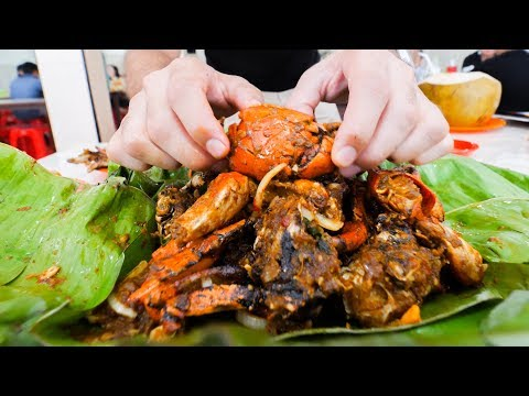 SPICY STREET FOOD Tour In Jakarta, Indonesia!! BEST MUD Crabs, BBQ Ribs, And PAINFUL Spice!