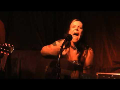 Tekst piosenki Beth Hart - Broken & Ugly po polsku