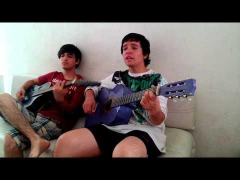 Sebstian - Video tocando un cover de la canción de Joan Sebastian cantada por Lucero Llorar.