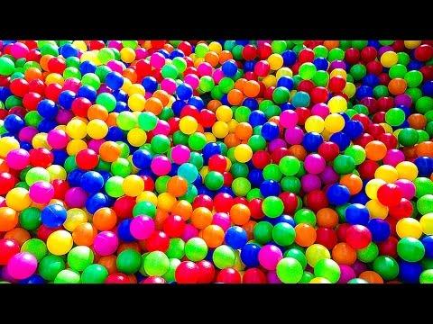 Entertainment for children  maze  gorki batuty   inflatable slides  ЛАБИРИНТ ГОРКИ БАТУТ ШАРИКИ ДЕТИ (видео)