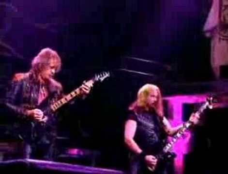 Judas Priest – Electric Eye