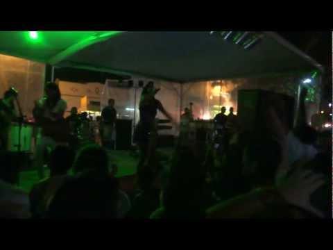 Samba d'Ju em Irará - Falta de Luz no palco