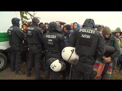 Hambacher Forst: Tausende Kohlegegner demonstrieren erneut