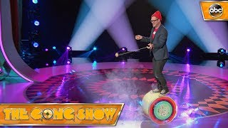 Watch this act, The Yo-Yo Guy, from The Gong Show 1x4 Celebrity Judges: Ed Helms Alison Brie Will Arnett Watch more acts on ...