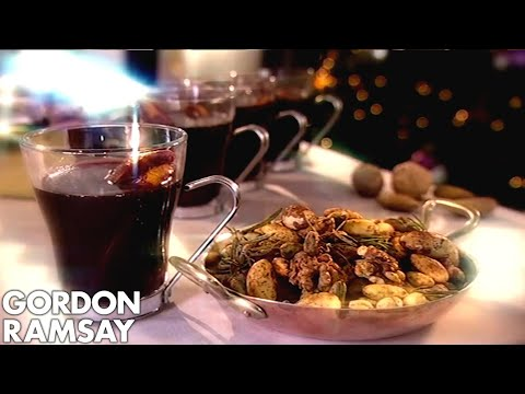 Gordon Ramsay's Mulled Wine With Dry Roasted Spiced Nuts - Thời lượng: 3 phút, 32 giây.