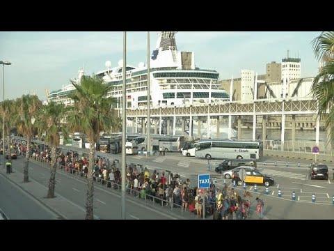 Η Βαρκελώνη «διώχνει» τους τουρίστες