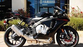 9. 2015 Yamaha YZF-R1 Raven