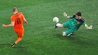 Video 33 Famous Saves By Goalkeepers ▪ Impossible To Forget MP3, 3GP, MP4, WEBM, AVI, FLV Oktober 2018