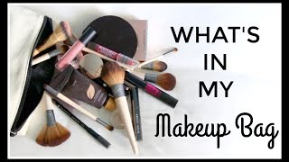 Showing you all the products that are in my makeup bag!All makeup linked below.SUBSCRIBE http://bit.ly/1iRMKtw SOCIAL MEDIABLOG / http://www.niomismart.com/TWITTER / https://twitter.com/niomismartINSTAGRAM / https://www.instagram.com/niomismart/FACEBOOK / https://www.facebook.com/NiomiSmart/SNAPCHAT / niomismartPINTEREST / https://uk.pinterest.com/niomismart/EAT SMARTAMAZON http://smarturl.it/eat-smartWHSMITH http://bit.ly/2axg33sWATERSTONES http://smarturl.it/eatsmart-waterstonesiBOOKS http://smarturl.it/eat-smart-ibookAUS & NZ http://smarturl.it/eatsmart-anzSourcedBoxhttp://www.sourcedbox.comWHAT I'M WEARINGTop - Next http://bit.ly/2snOHrIMAKEUPBobbi Brown Concealer http://bit.ly/2r4D45eTarte Concealer http://bit.ly/2srE4EqBobbi Brown Foundation Stick http://bit.ly/2srDNRUTarte Full Coverage Foundation http://bit.ly/2r8hBrOLaura Mercier Powder http://bit.ly/2rkiYCZPur Bronzer http://bit.ly/2rPdZOuI got the brand of the Blusher wrong! It's actually by Jane Iredale http://bit.ly/2r8XM3ABenefit Dandelion Highlighter http://bit.ly/2srrPrtRMS Beauty Highlighter http://bit.ly/2rkx4ECHigh Definition Brow Pencil http://bit.ly/2r8cecbTanya Burr Eyeshadow Palette http://bit.ly/2srkvMjBobbi Brown Mascara http://bit.ly/2r8n7uELancome Mascara http://bit.ly/2srz6HvBareMinerals Matte Lipcolour http://bit.ly/2r7SKo5Burt's Bees Lipgloss Crayon http://bit.ly/2r8q9PDEcotools Brushes http://bit.ly/2r8cwjhDISCLAIMERThis video is not sponsored. All opinions are my own.Thank you for watching!