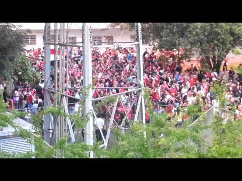 """La Barra del Caracas FC, cantó todo el partido a pesar del """"a puerta cerrada"""" - Los Demonios Rojos - Caracas"""