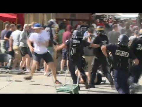 Euro 2016: une journée et une nuit d'affrontements entre hooligans à Marseille