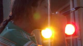 Video Perfect Strangers, záznam z Nesměně