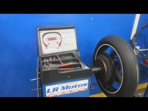 LR Motos - Balanceamento de Roda Dianteira da Kasinski Comet GT 650R Branca - 9415