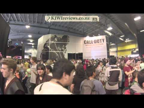 Armageddon Expo 2014 - Crowds