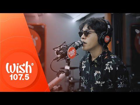 "Calvin De Leon performs ""Sa'yo Lamang"" LIVE on Wish 107.5 Bus"