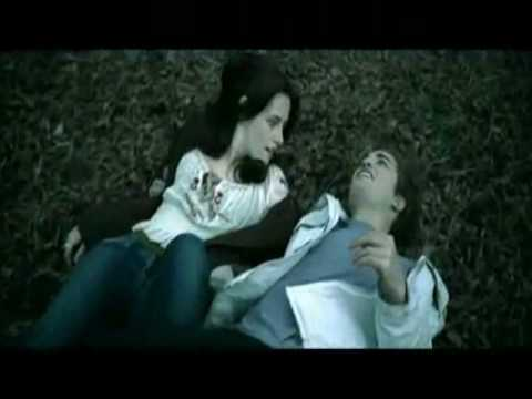 Bloopers/Deleted scenes/Behind the Scenes of twilight and new moon