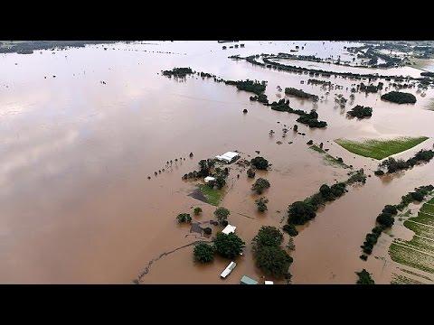 Στο έλεος του κυκλώνα Deppie η Αυστραλία