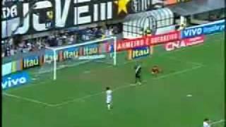 Sem fazer força, Santos afunda o Vasco e assiste à Copa do G-4 Em tarde nada inspirada de Ganso, Mádson rouba a cena,...