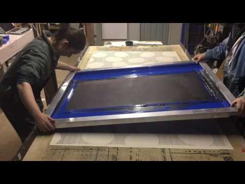 Screen printing 'Circle Line ' fabric