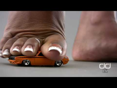 ebony giantess - You want more Giantess car crushing and trampling? An all new GTS toy car crushing in full HD 1080p from Darla TV. Watch Darla's Giantess french pedicured to...
