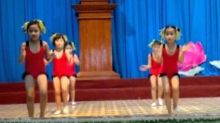 Mua aerobic Be khoe be ngoan 1-6-Nha thieu nhi Quan 9.mp4