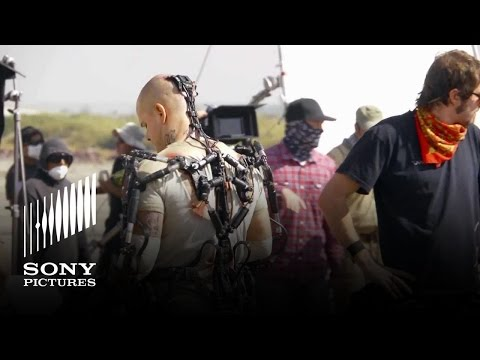 Elysium (Featurette 'The Tech of Elysium')