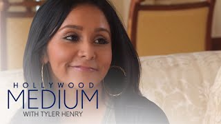 Video Snooki Is Blown Away By Tyler Henry's Gift | Hollywood Medium with Tyler Henry | E! MP3, 3GP, MP4, WEBM, AVI, FLV Maret 2018