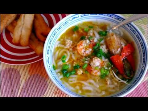 How to Make Bánh Canh Noodle Vietnamese Soup