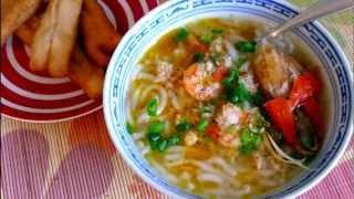 Bánh canh - Vietnamese Udon Noodle Soup