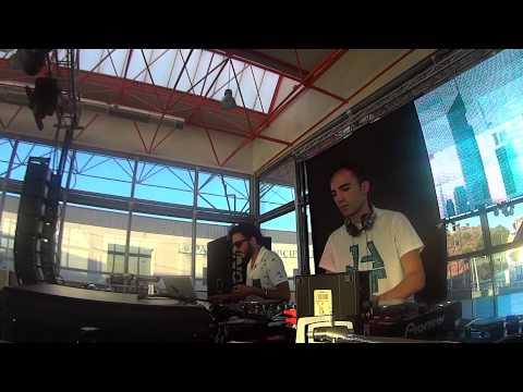 Video Mogo percusion & Pablo Iglesias download in MP3, 3GP, MP4, WEBM, AVI, FLV January 2017