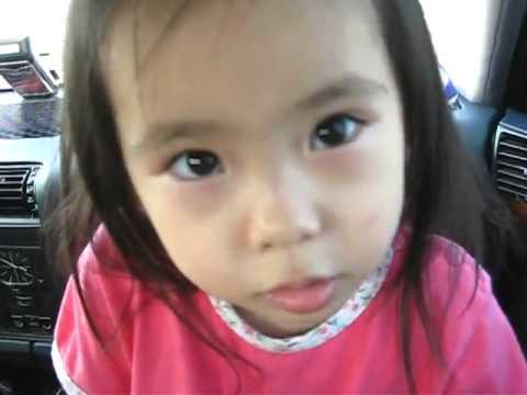 爸爸問女兒:如果有人要摸你咪咪要怎麼辦?