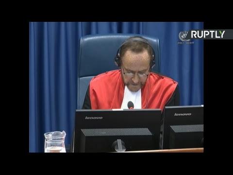 Video - Ισόβια κάθειρξη στον Κάρατζιτς για τη σφαγή στη Σρεμπρένιτσα