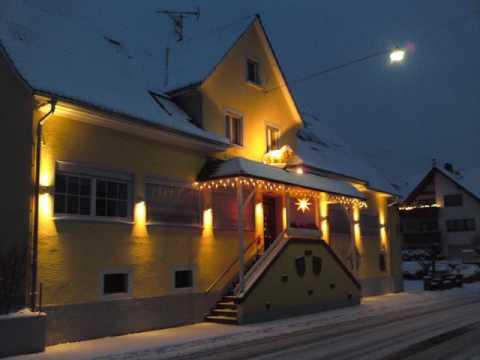 Landgasthaus Löwen mit Gästehaus - Hotel in March-Holzhausen, Germany