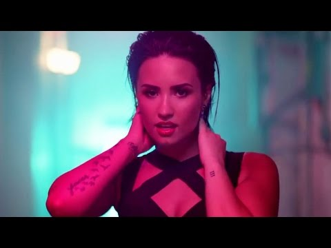 Demi Lovato 'Cool For The Summer' Music Video Highlights