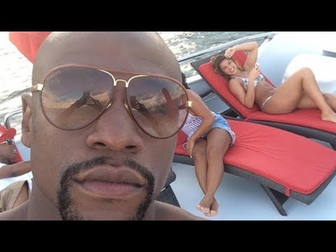 Floyd Mayweather Shows 50 Cent His Billionaire Lifestyle