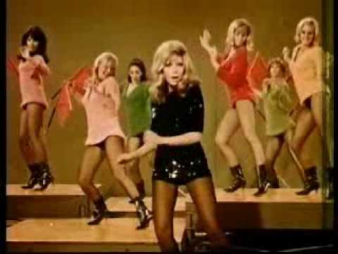 Nancy Sinatra – These Boots Are Made for Walkin'