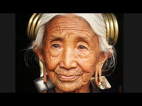 Video Very OLD lady made YOUNG and BEAUTIFUL again! download in MP3, 3GP, MP4, WEBM, AVI, FLV January 2017