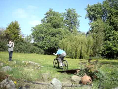 Rees bike jumping