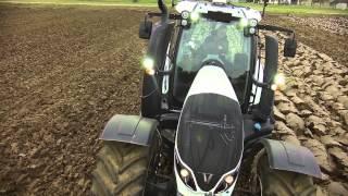 Video Exklusiv: Neuer Valtra T Serie Traktor mit Amazone Pflug [New Valtra T Series] MP3, 3GP, MP4, WEBM, AVI, FLV November 2018