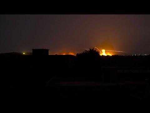 Syrien: Hunderte IS-Kämpfer ergeben sich in Baghus