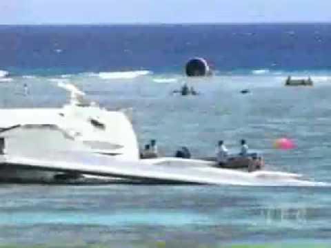 airplane crash (boeing 767 crash at the ocean)
