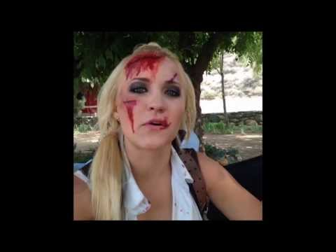 2 Minutes Hilarious With Emily Osment (13 vines) #1