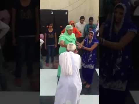 Video Haryanvi TAU Ka break dance 😂 download in MP3, 3GP, MP4, WEBM, AVI, FLV January 2017