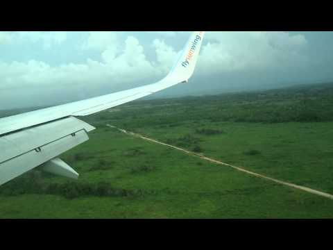 Sunwing - This video shows a Boeing 737-800 from Sunwing Airlines landing in Varadero, Cuba (Juan G. Gomez Intl) for my vacation (August 12 - 19). The landscape and sc...