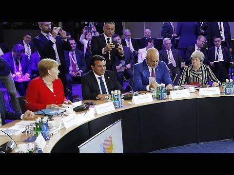 Πίεση της Μέρκελ για ένταξη Βόρειας Μακεδονίας και Αλβανίας…