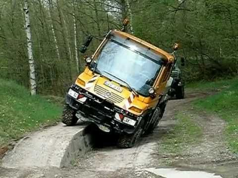 mercedes unimog u400 & u4000 - hard test