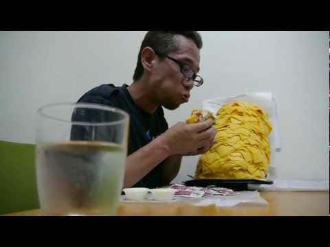 Japan - 1000 Slices Of Cheese On A Burger King Burger