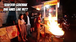 Video SEAFOOD GEROBAK PINGGIR JALAN!!! Ft. KEN & GRAT MP3, 3GP, MP4, WEBM, AVI, FLV Maret 2019